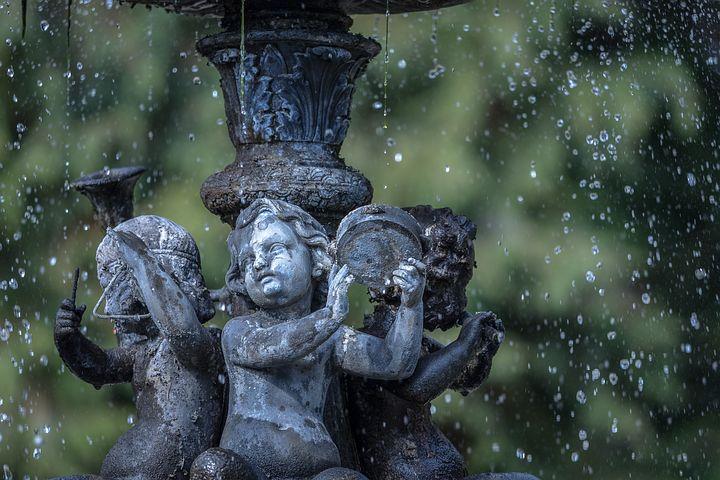 Embellir son jardin avec une fontaine